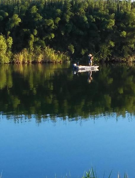 釣りをする人見かけました。