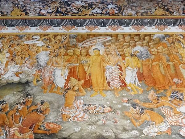 仏陀の生涯が描かれている(Conch Tour提供)