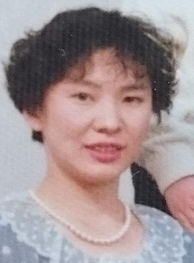 グレイヘアにする前の岡村恭子さん