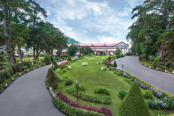 元・英国総督の邸宅に泊まる「ザ・グランドホテル」