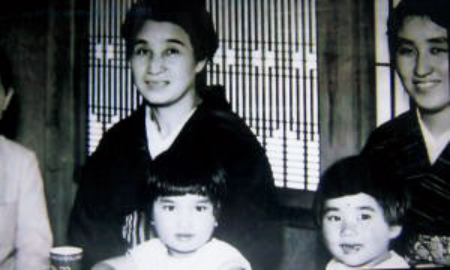 母・すずさんは、渡辺さんを軍人の娘としてとても厳しく育てました