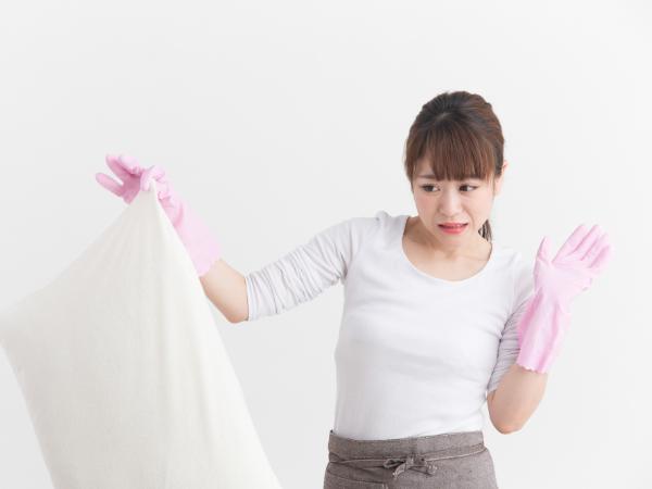 加齢臭とミドル脂臭はどんな臭い? 原因と対策は?