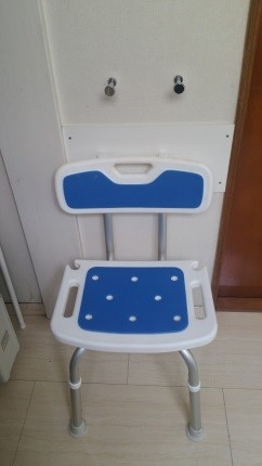 洗面所用の椅子