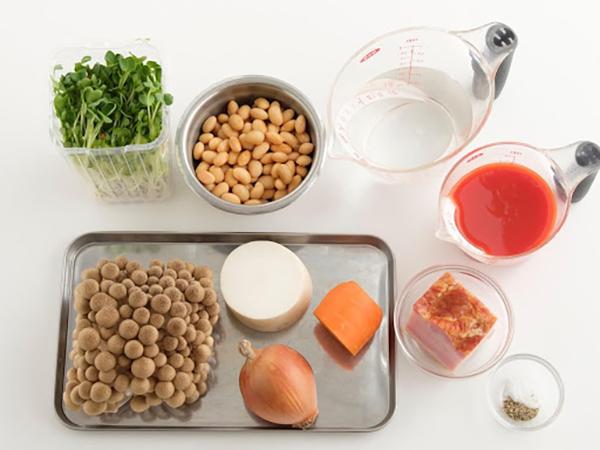 トマトジューススープの材料