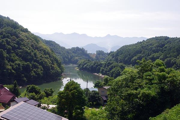 飯山線沿いの素晴らしい景色