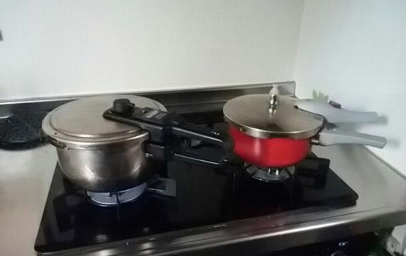 愛用の圧力鍋