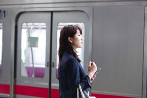 電車の発車メロディーが駅ごとに違うって本当?