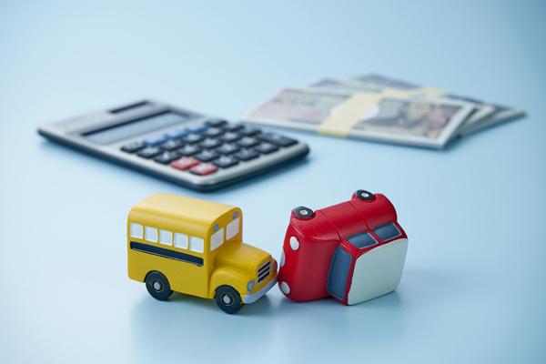 万が一事故を起こした場合に備え、保険の補償内容は再確認しておきましょう