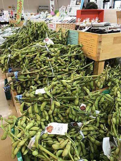 10月下旬~11月上旬に出回る、丹波黒大豆枝豆