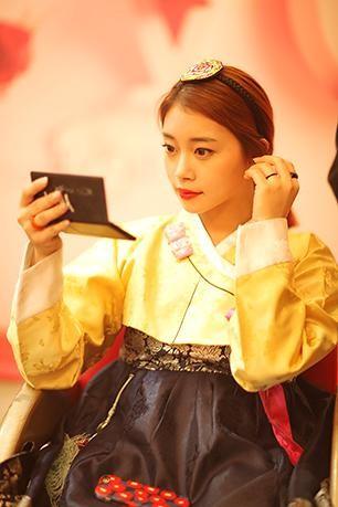 韓服を着て「景福宮」周辺を散策するのもトレンドらしいです(写真提供=CINDERELLA PHOTO STUDIO)