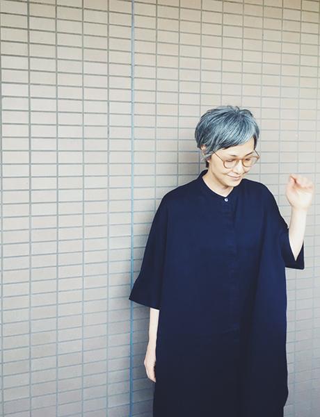 50代モデル青木さんの眼鏡使い