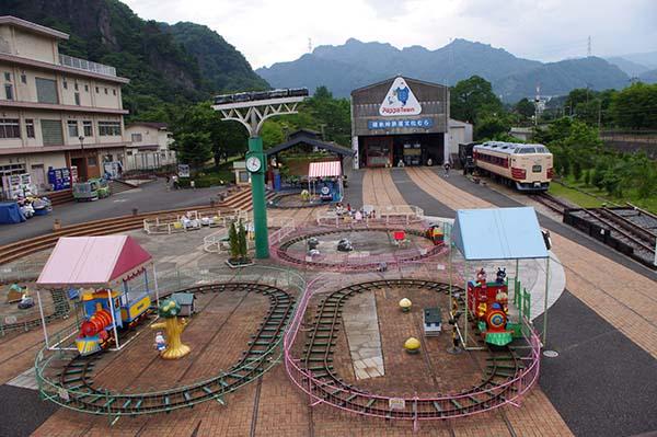 横川駅からすぐの碓氷峠鉄道文化村、入り口付近