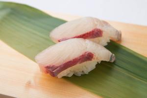 なぜ寿司のことを「一貫」と数えるの?