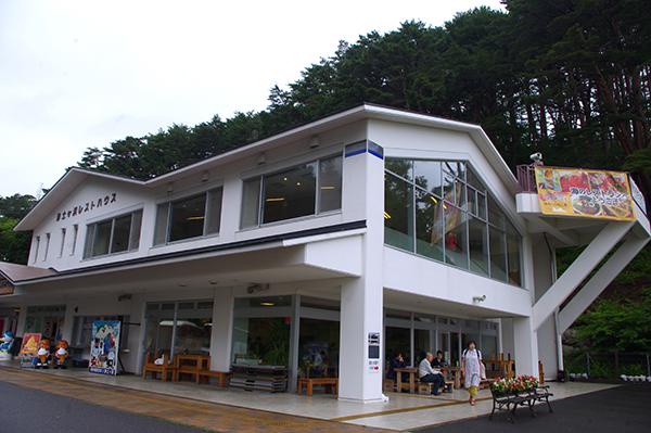 浄土ヶ浜レストハウスは団体客利用も多い