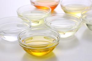 サラダ油の「サラダ」の意味は何ですか?