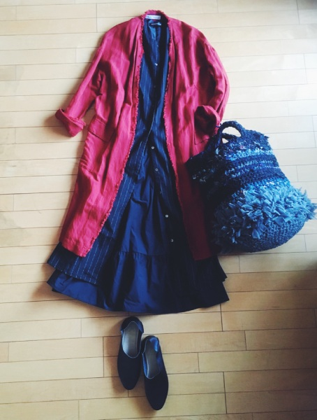 ZARAの赤いコート