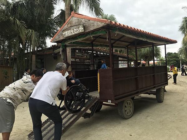 石垣島の牛舎の車いす対応