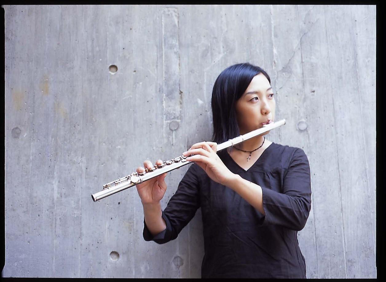 フルート奏者 東奈帆子さん
