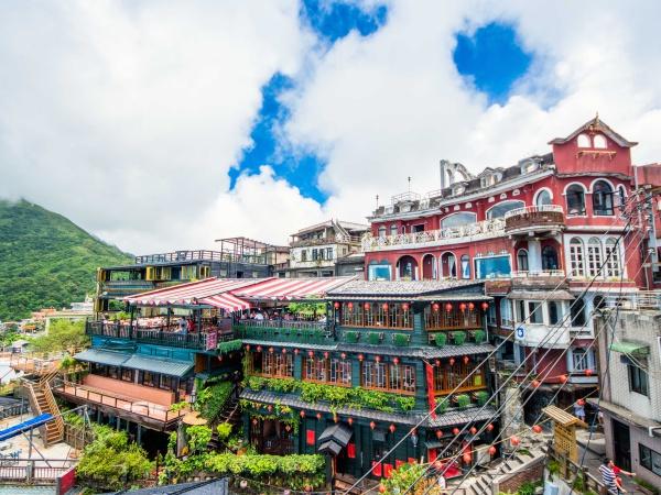 台湾観光の定番中の定番九份(ジョウフン)の風景