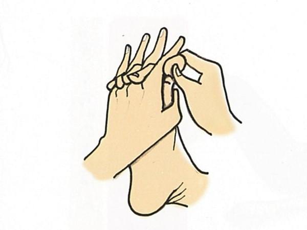 【きくち体操・基本のやり方3】手の指と足の指で握手する2