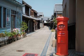 郵便ポストはなぜ赤いんですか?