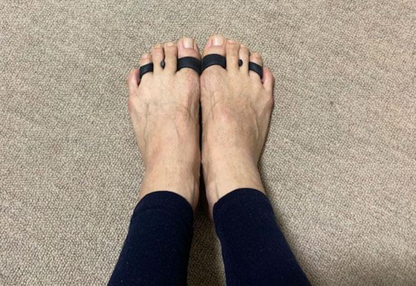 足指パッドをつけた様子