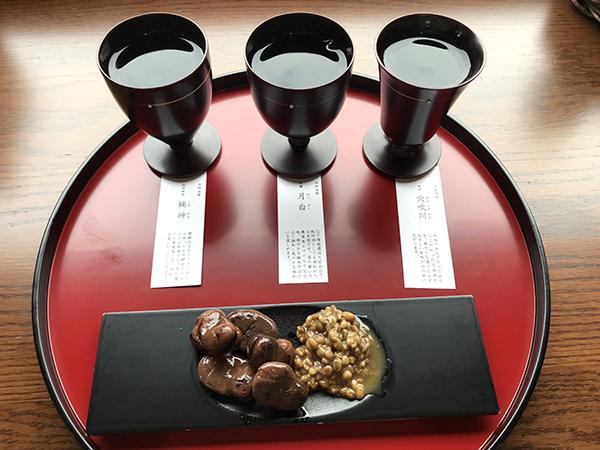 「飲み比べセット」は人間国宝の方製作の香川漆器を使用