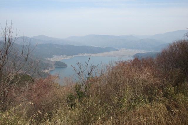 賤ヶ岳山頂からの余呉湖