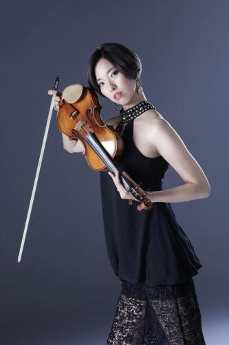 鈴木慶子さん(バイオリン)