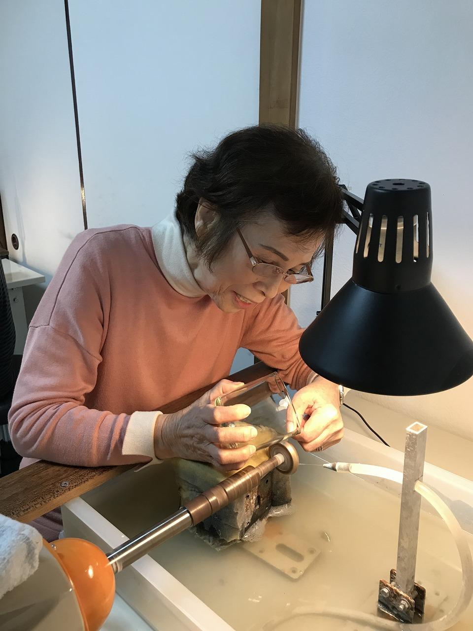 伝統工芸「江戸切子」に挑戦