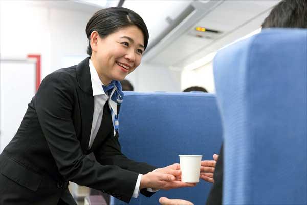 航空会社により機内サービスは大きく異なる